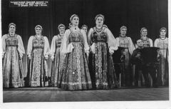 01_Uralskaya_ryabinushka_solistki_A.Petrova_F.Ustyuzhanina