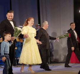 В честь Дня защитника Отечества в Уральском центре народного искусства прошел концерт «Как хорошо быть генералом»