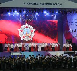 Уральский хор покоряет стадионы!
