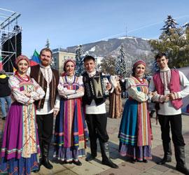 Коллективы Уральского центра народного искусства дали 5 выступлений в рамках акций «Ночь искусств» и «День народного единства»