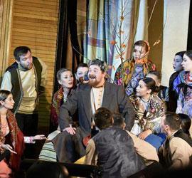 Уральский народный хор представил новую постановку к юбилею Бажова