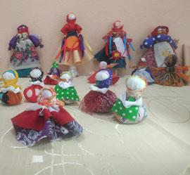 В Уральском центре народного искусства прошел мастер-класс по изготовлению куклы благополучницы