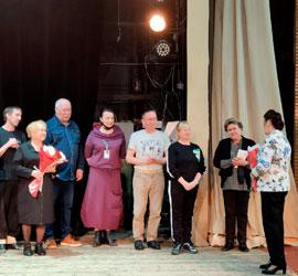 Уральский народный хор поздравил своих коллег с юбилеем творческой деятельности